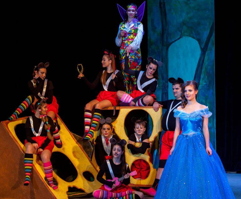 Dramaťák - Popoluška a tučná myš